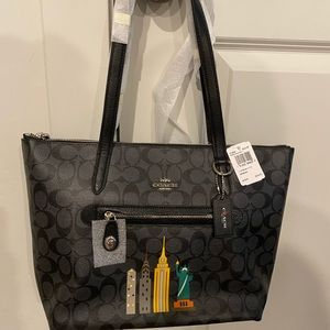 Coach Taylor Tote New York Stories